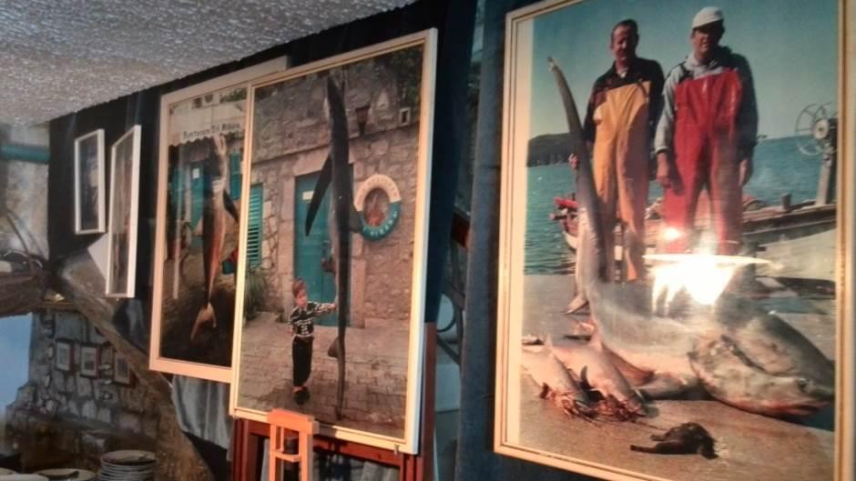 ajkule tri mornara.jpg