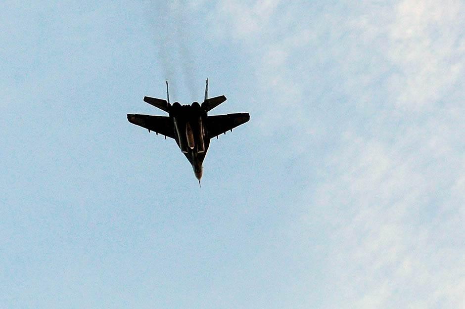 avion vežba petar stojanovic 21.jpg