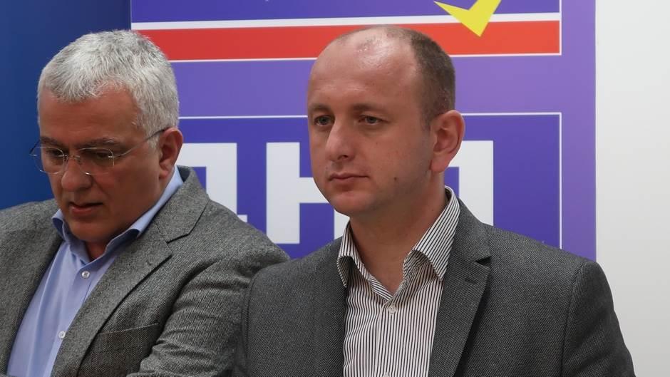 DF, Andrija Mandić, Milan Knežević
