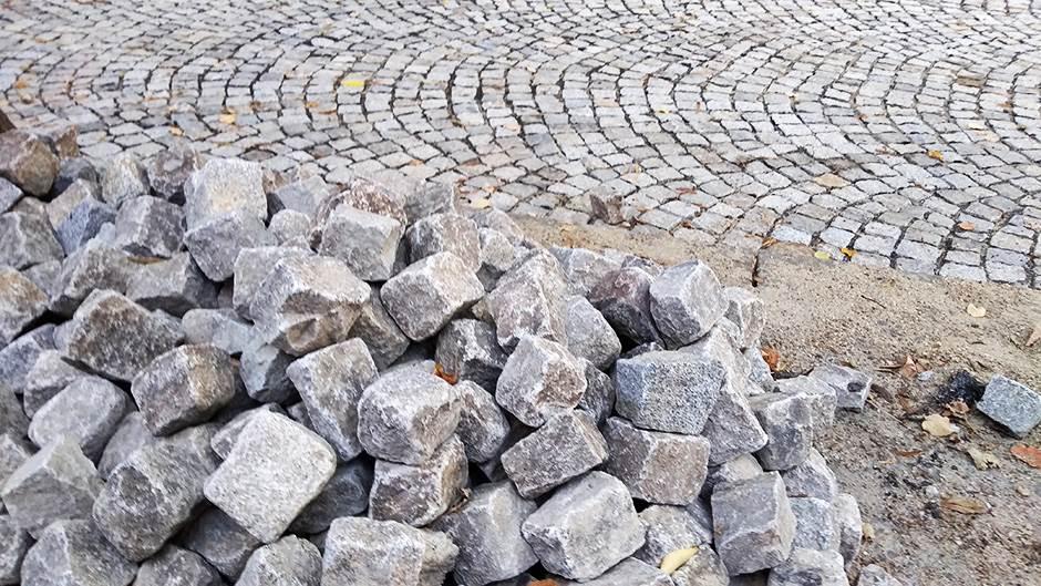 kaldrma, popločavanje, kamen