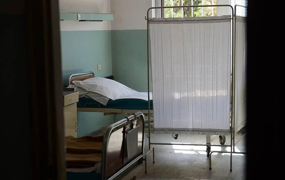 bolnica-bolnicki-krevet