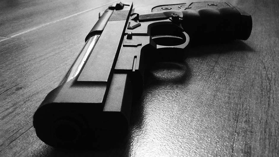 pistolj2.jpg