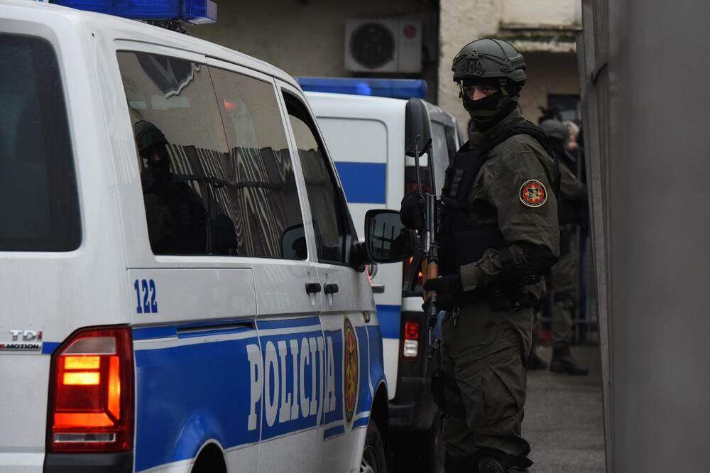 specijalci specijalac crnogroska policija policajac
