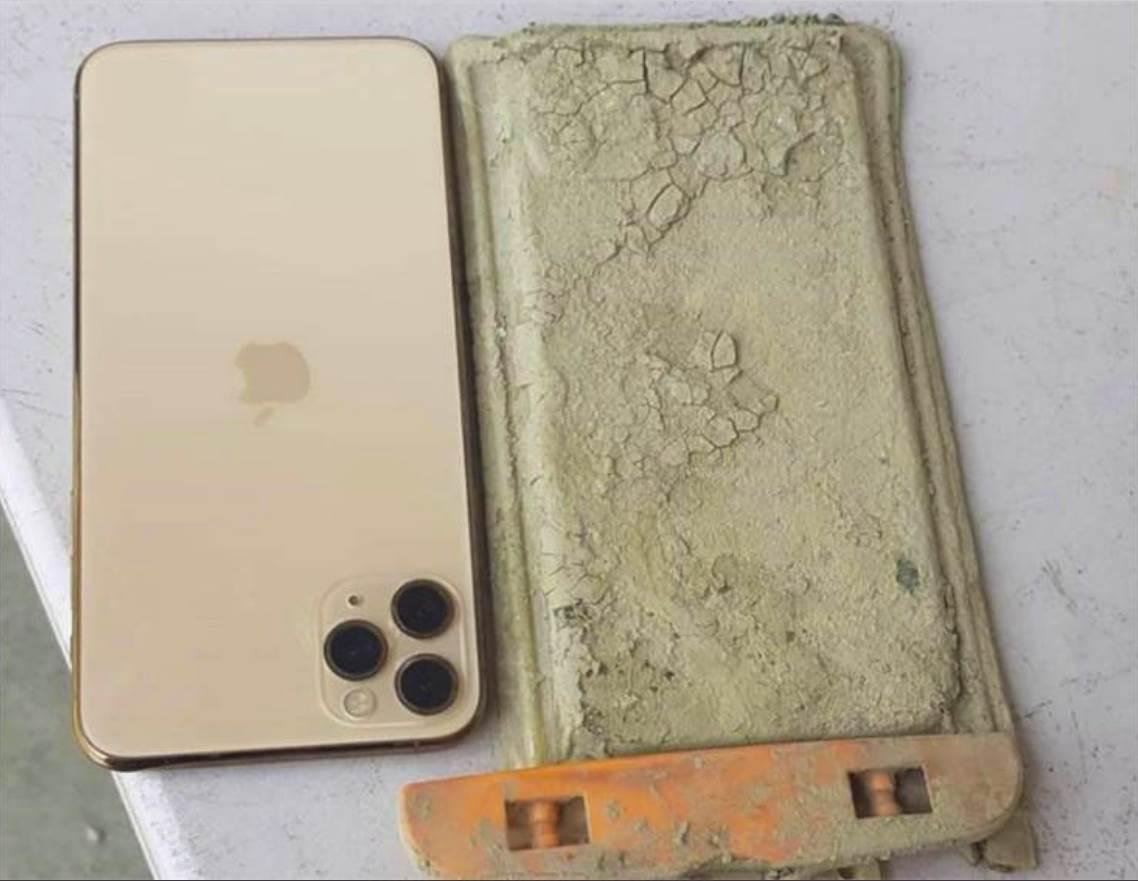 iPhone 11 Pro Max na dnu jezera - 1