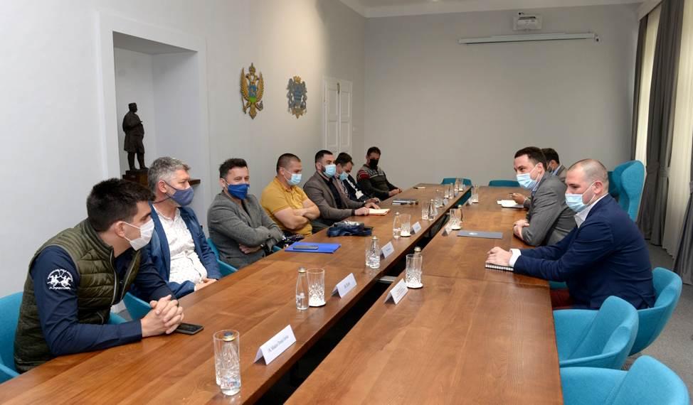 Sastanak Ivana Vukovića sa predstavnicima fudbalskih klubova