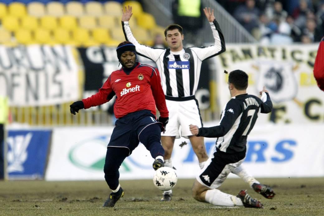 Vagner Lav na meču protiv Partizana 2005. godine.