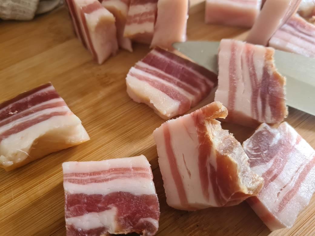 slanina na dasci