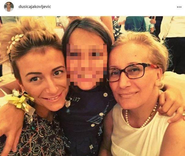 Dušica Jakovljević s majkom i ćerkom